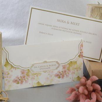Çiçekli beyaz davetiye