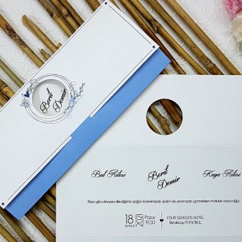 Mavi zarf kesimli davetiye